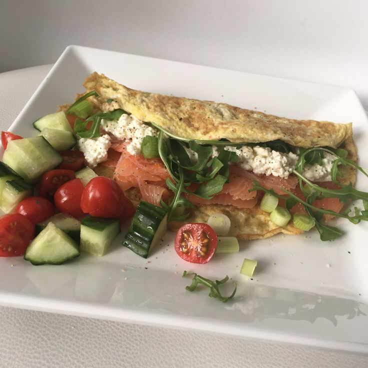 omelet met zalm en cottage cheese