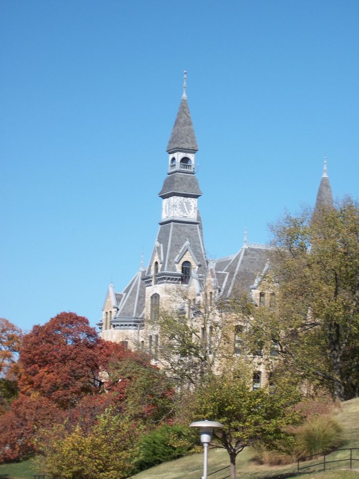 Iconic Mackay Hall - Park University (Parkville, Mo). I took this ...