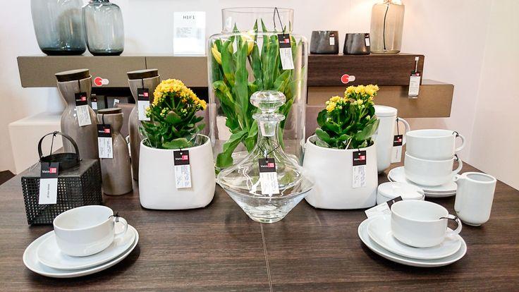Jeśli szukasz pomysłu na oryginalną aranżację wiosennego stołu, odwiedź nasz salon w Zielonej Górze. Znajdziesz tam wiele inspiracji i dobierzesz efektowne dekoracje.