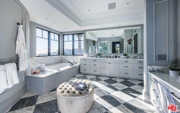 A nova casa (alugada) da Kylie Jenner em Los Angeles - Fashionismo