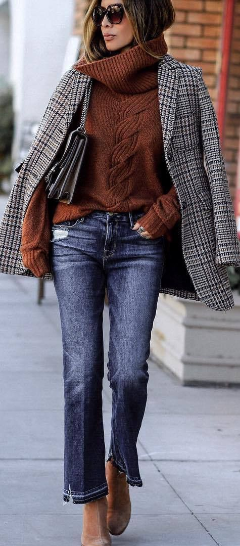what to wear with a plaid blazer : brown knit sweater   bag   jeans   boots