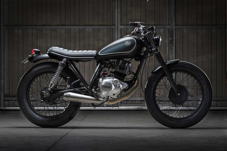 Cafe Racer Dreams are famous for their big-budget, high performance customs. But this Yamaha SR125 shows that they can handle city bikes too.