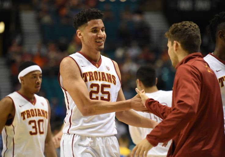 USC's Bennie Boatwright a game time decision against Texas A = USC Trojans big man Bennie Boatwright will be a game time decision for the team's game against the Texas A&M Aggies, Andy Enfield told FanRag Sports. Boatwright, who has been out with back spasms, is a 6-foot-10, 230-pound.....