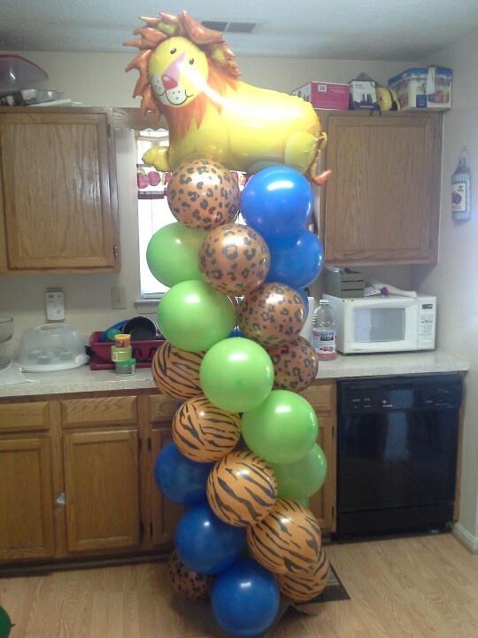 Jungle theme balloon column