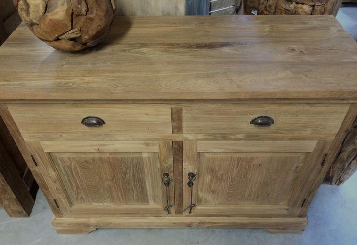 25 beste idee n over teakhouten meubelen op pinterest 50er jaren meubilair 50er jaren - Solide teakhout ...