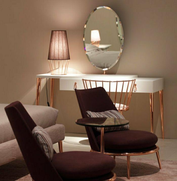 table-en-bois-blanc-lampe-sur-la-table-dans-la-chambre-a-coucher-jolie-coiffeuse-conforama-coiffeuse-meuble-fly.jpg 700×715 pixels