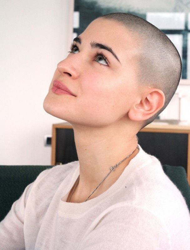 Picture of woman with shaved head