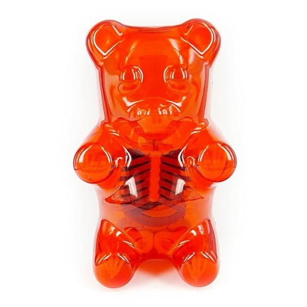 The gorgeously creepy Gummi Bear Funny Anatomy is a 41-part sculpture depicting the bones and organs of a majestic gummi bear. Created by pop-culture artist Jason Freeny, the do-it-yourself model feat