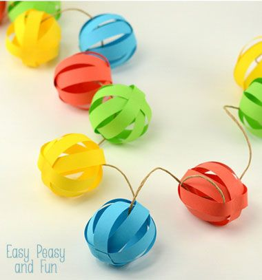 Easy paper ball garland - DIY quick party decor