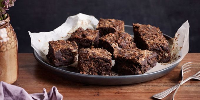 7 tips for making the perfect sugar-free* brownies