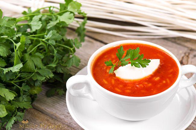 zupa, pomidorowa, pomidorówka, pyszne, jedzenie, pietruszka, natka, jak zrobić, pomidory, fotografia kulinarna, Justyna Pankowska, studio meksyk, produktowa, oferta