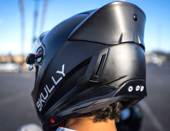 new skully helmet will allow motor cyclist get a perfect rear view camera cars motorcycles. Black Bedroom Furniture Sets. Home Design Ideas