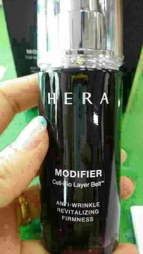 DLA韩国化妆店,赫拉女神代言modifler童颜精华