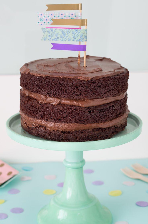 Torta al cioccolato mud cake. Recipe Birthday cake. Torta di compleanno