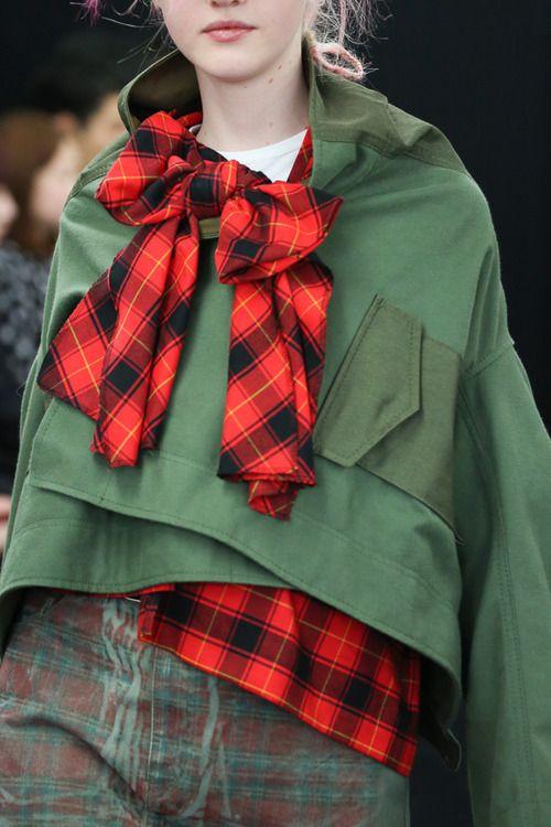 [No.2/73] tricot COMME des GARÇONS 2013~14秋冬コレクション | Fashionsnap.com
