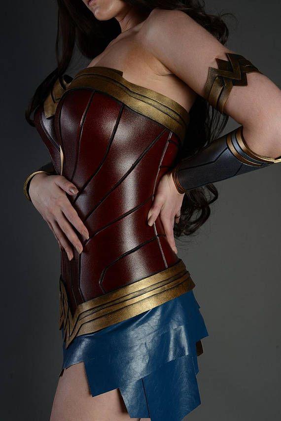ZUR Bestellung Wunder Frau Kostüm Cosplay Rüstung weibliche