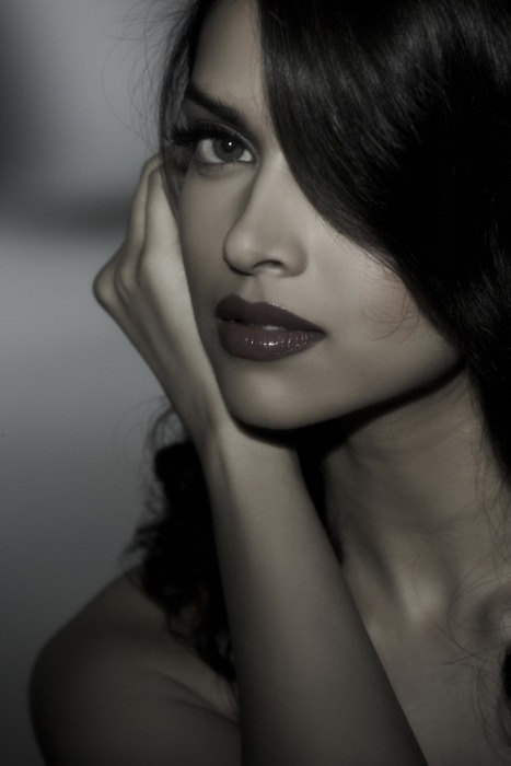 Deepika Padukone classic gorge! Love this