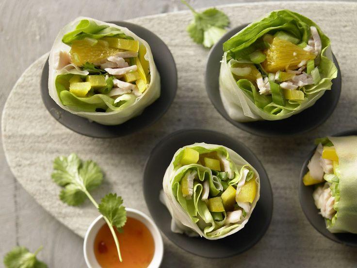 Gefüllte Reispapierrollen - mit Putenbrust, Paprika, Orange und Koriander - smarter - Kalorien: 199 Kcal - Zeit: 20 Min.   eatsmarter.de