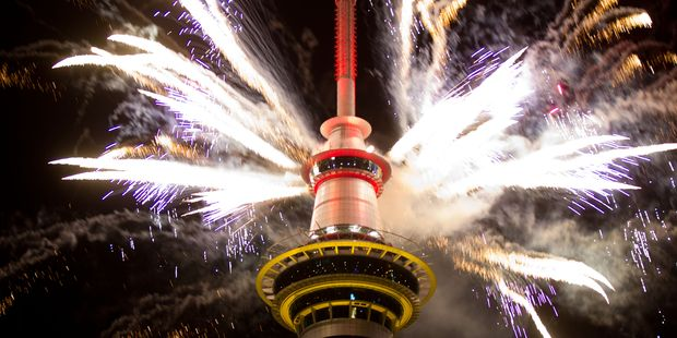New Year's Eve guide: Say hello to 2015, for tonight we party - National - New Zealand News