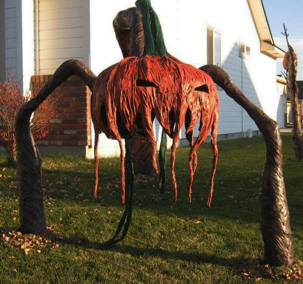 this is a link to a great site with super spooky but very talented - Very Scary Halloween Decorations