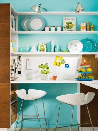 niebieskie ściany w kuchni