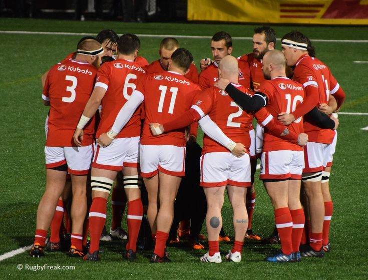 Team Canada pre-game huddle during ARC game against Team Brazil. #rugbyfreak #sofreaky #loverugby #rugby #rugbycanada #teambrazil #teamcanada #ARC