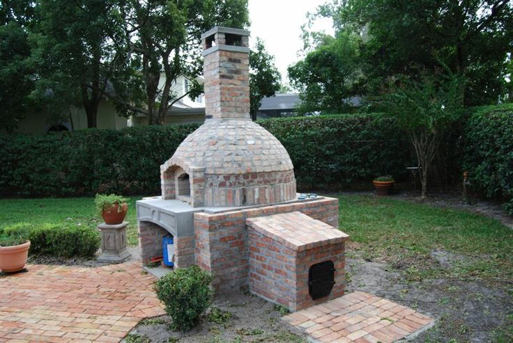 Outdoor oven with smoker