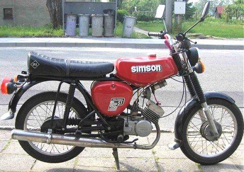 meine war hellgrün ... Simson S51
