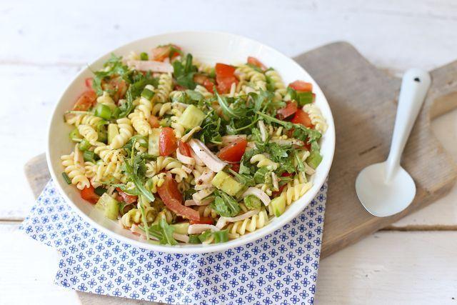 Frisse & zomerse pastasalade | Lekker en simpel | Bloglovin'