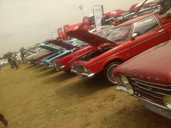 The Ford Cortina Funclub had a good day at tarlton on sunday | Twitter / Chris Muller ‏@chrismuller303