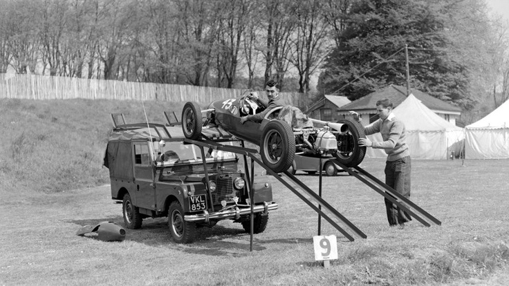 Here we find Stuart Lewis-Evans and Tony Harris offloading a Cooper Mk VIIa 500cc F3 car from their Land Rover at Crystal Palace in 1953 (I think that this must have been at the Redex Trophy which he won, beating Stirling Moss in one of the heats en-route). Tragically Stuart was killed in 1958 when he crashed heavily at the season ending Moroccan Grand Prix held on the dusty Ain-Diab circuit.