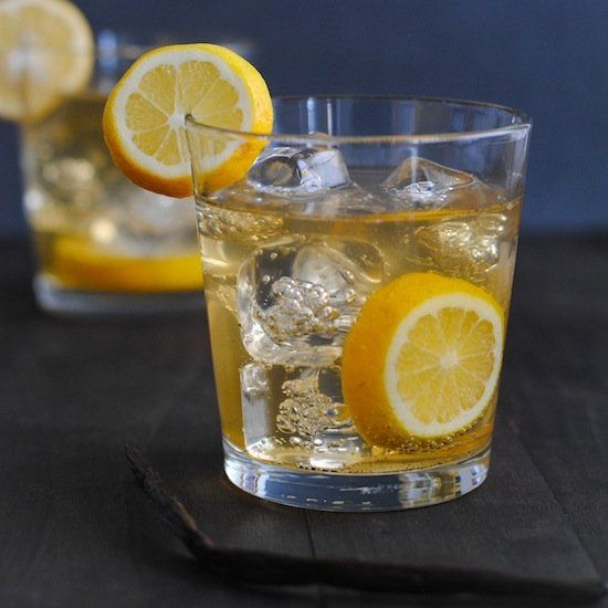 Meyer Lemon-Vanilla Bean Bourbon Smash. #cocktails #drinks #summer