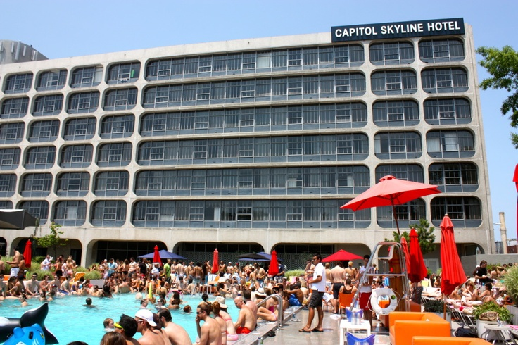 During the summer months, the Capitol Skyline Hotel in Washington DC offers an adult only pool party every Saturday and Sunday. The Vegas-style pool parties feature local DJs, celebrity appearances, fashion shows, live musicians, costumed dancers and surprise entertainment. Capitol Skyline Hotel 10 I Street SW, Washington, DC 20024