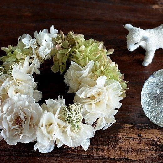【ホワイトグリーン】プリザーブドフラワー リース バラ アジサイ リングピロー ウェルカムリース ギフト お祝い 母の日の画像1枚目