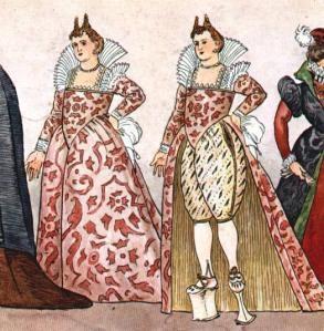Courtisane vénitienne dans un vêtement fait de damas de soie lourde avec un col de dentelle sabots échasses (de cuir ou de bois peint)