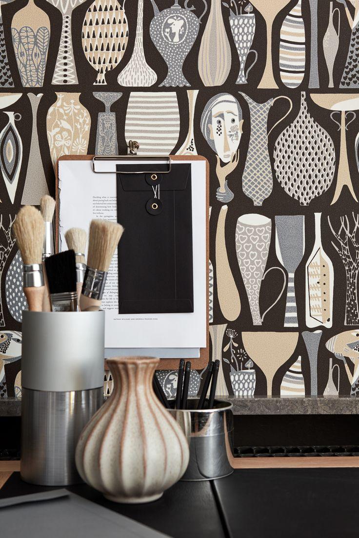 Tapeta Pottery zaprojektowana przez Stiga Lindberga. Oferta - Iguane, Białystok