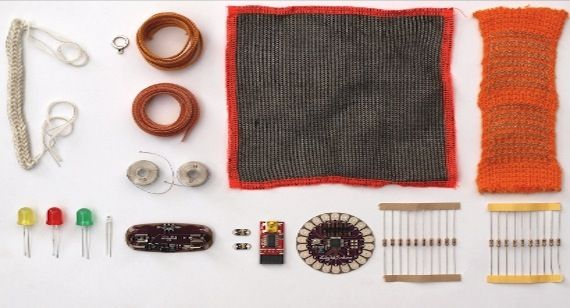 Repost su Riccardo Marchesi, @Riccardo Marchesi: textiles and electronics. See you #Makers12