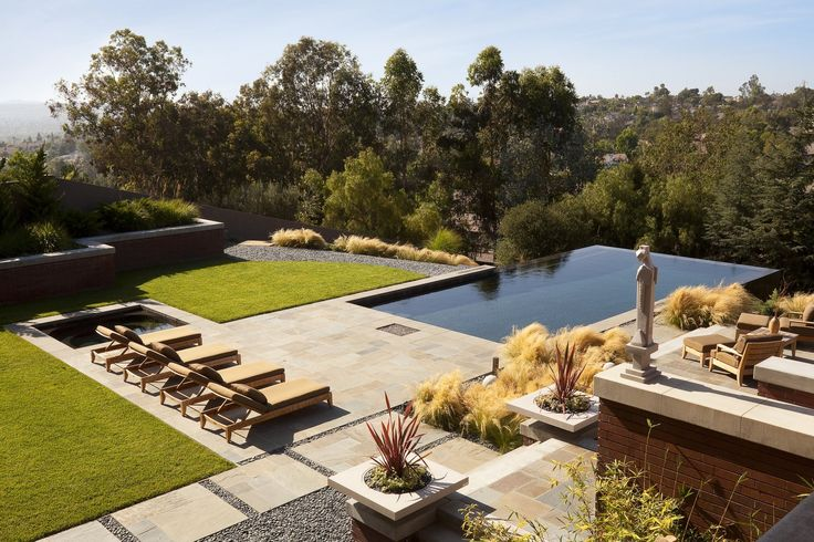 Laguna Hills Residence by Whipple Russell Architects