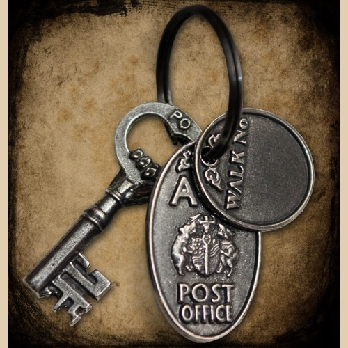 I love the key and key ring.  How many times did it open the old mail box........