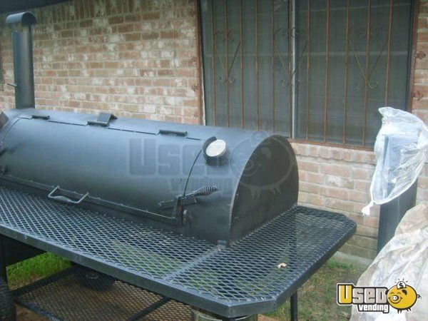 New Listing: http://www.usedvending.com/i/Reverse-Smoker-BBQ-Pit-for-Sale-in-Texas-/TX-O-072O Reverse Smoker BBQ Pit for Sale in Texas!!!