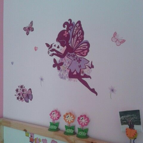New stickers on Evelina's wall