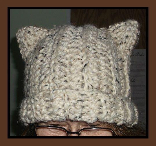crochet cat-ears hat - - free pattern