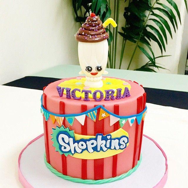 caketerest Shopkins cake @caketerest #caketerest #cakes #cakedecorating #shopkins #shopkinscake #millieshake #girlbirthdaycakes #mamascake #sweets #fondantcakes