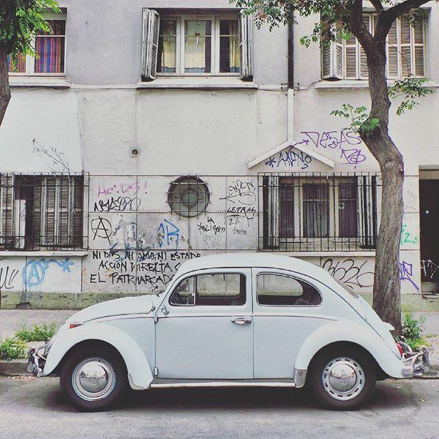 Vintage car by @laciudadalinsta  #santiago #chile