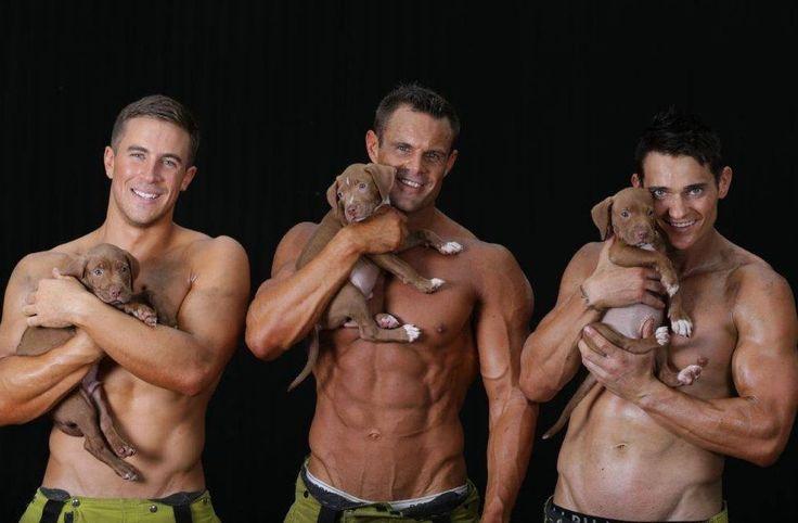 #PompieriSexy, calendario in aiuto dei cuccioli abbandonati @greenpinkorg