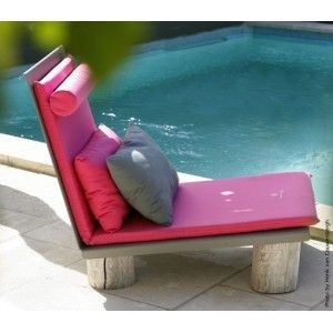 A L'AISE lounge chair. Designed by Baptized by nature. Available on www.darwinshome.com