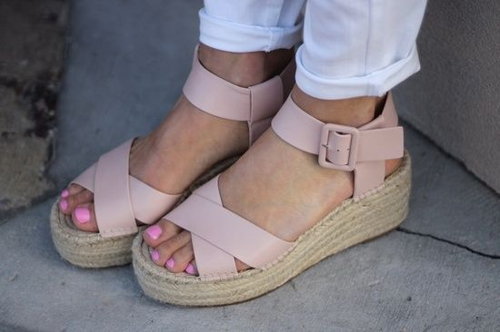 0a65d2e4509 The perfect lower heel wedge! #mysolesociety #justpostedblog ...