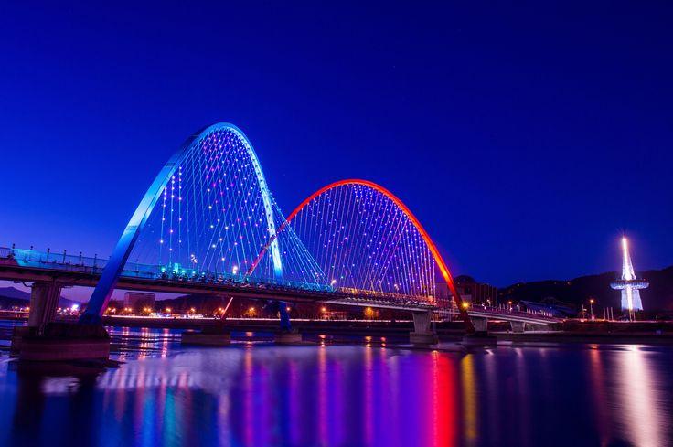 Expo Bridge in Daejeon,Korea.
