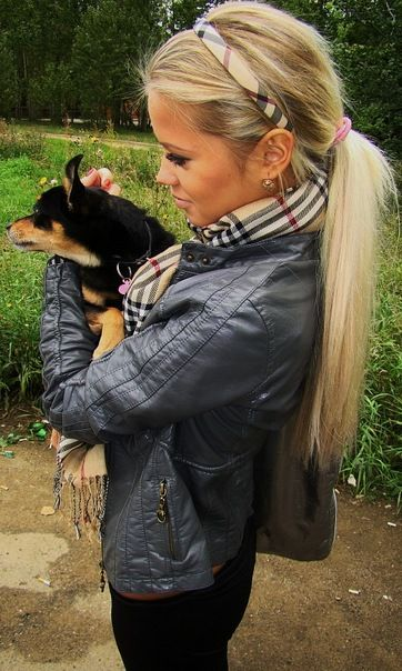 burberry headband and messy pony: Dogs, Burberry Scarfs, Long Hair, Messy Ponies, Puppys, Cute Hair, Leather Jackets, Ponytail Hairstyles, Hair Color