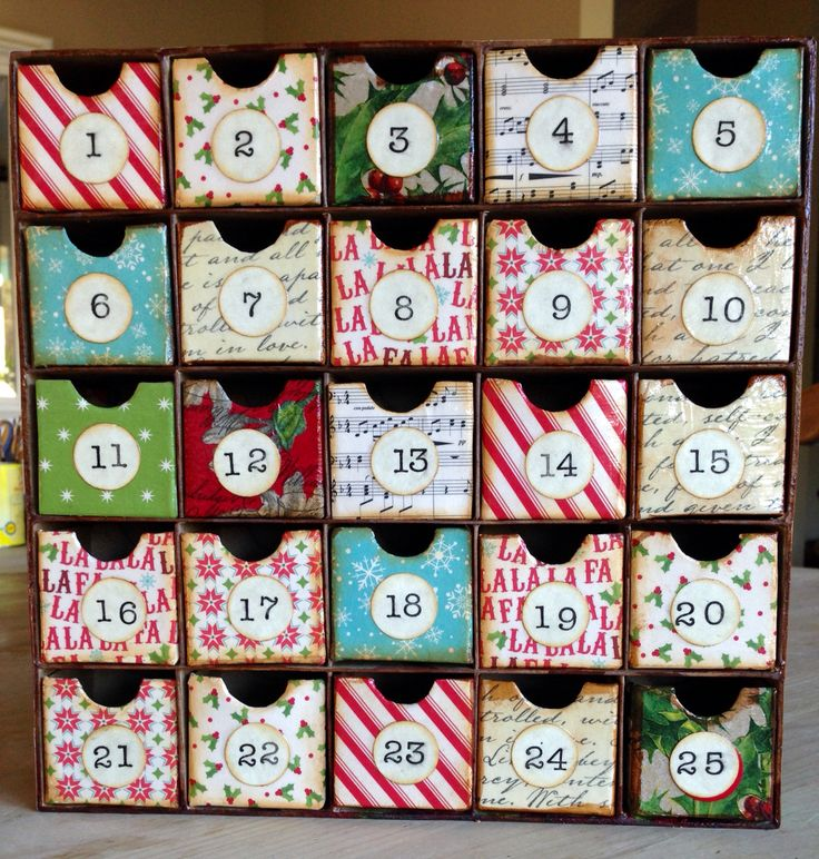 Christmas advent calendar craft box is from hobby lobby for Hobby lobby craft paper